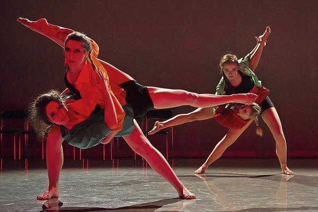 Das Studio Dance-Emotion präsentiert Choreographien aus Ballett, Modern, Jazz und HipHop
