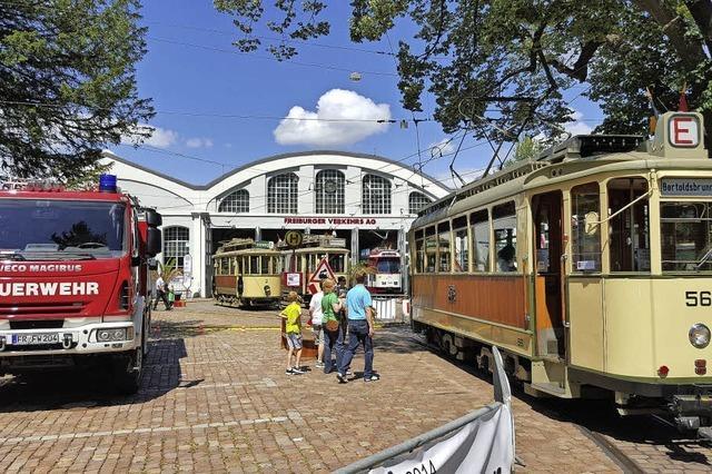 Die Freunde der Freiburger Straßenbahn präsentieren historische Fahrzeuge