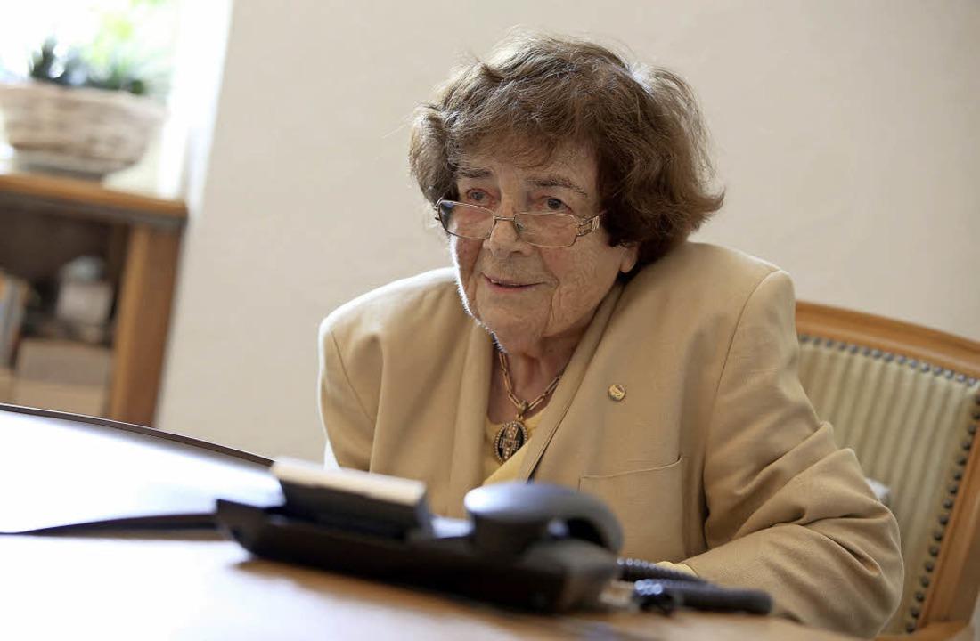 Hannelore Fäßler-Kern an ihrem Arbeitsplatz   | Foto: Christoph Breithaupt