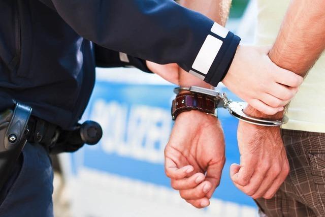 Polizei nimmt drei Drogenhändler fest – acht Kilo Rauschgift in der Wohnung
