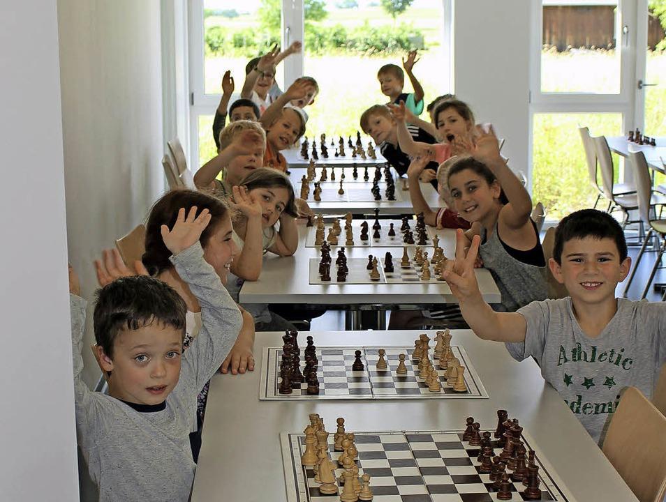 Schachspieler des Schachclub Heitershe...s- und Jugendhaus der Stadt Heiterheim  | Foto: Joachim Nozulak