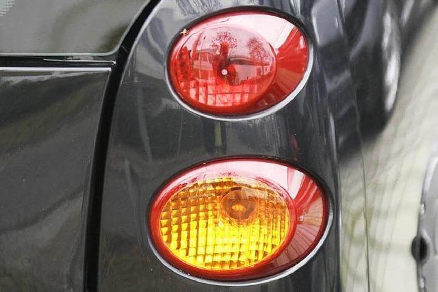 Jeder zweite Autofahrer blinkt im Kreisel nicht