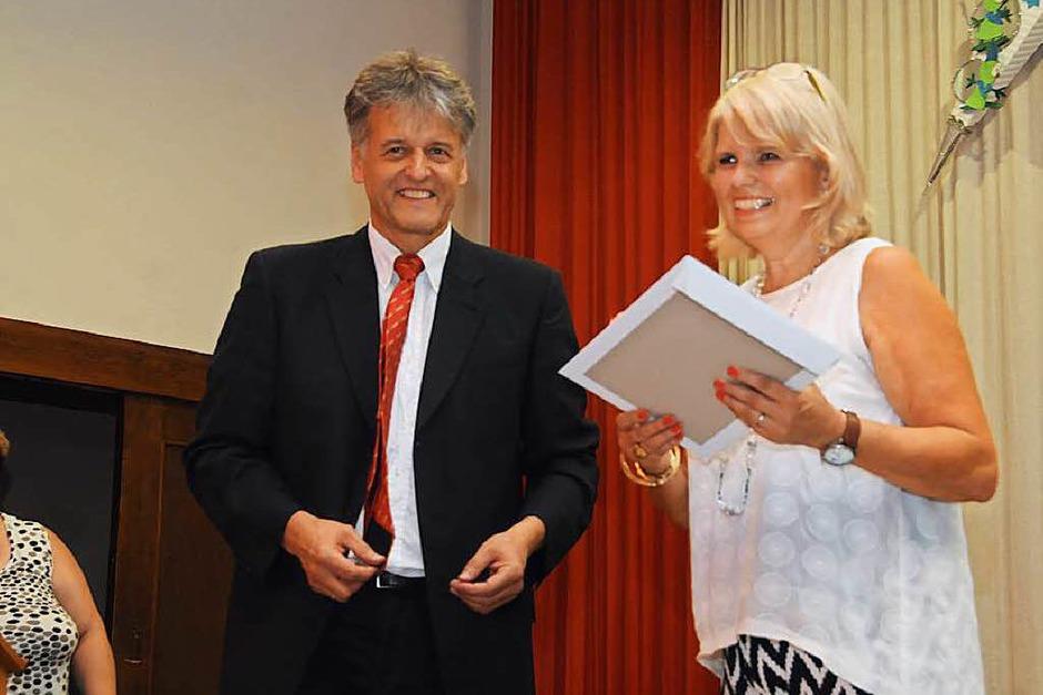 Bürgermeister Gunther Braun mit Susanne Kury (Foto: Robert Bergmann)