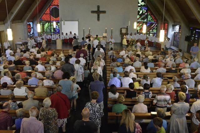 Abschied von einer Kirche - Gotteshaus in Stetten wird abgebaut