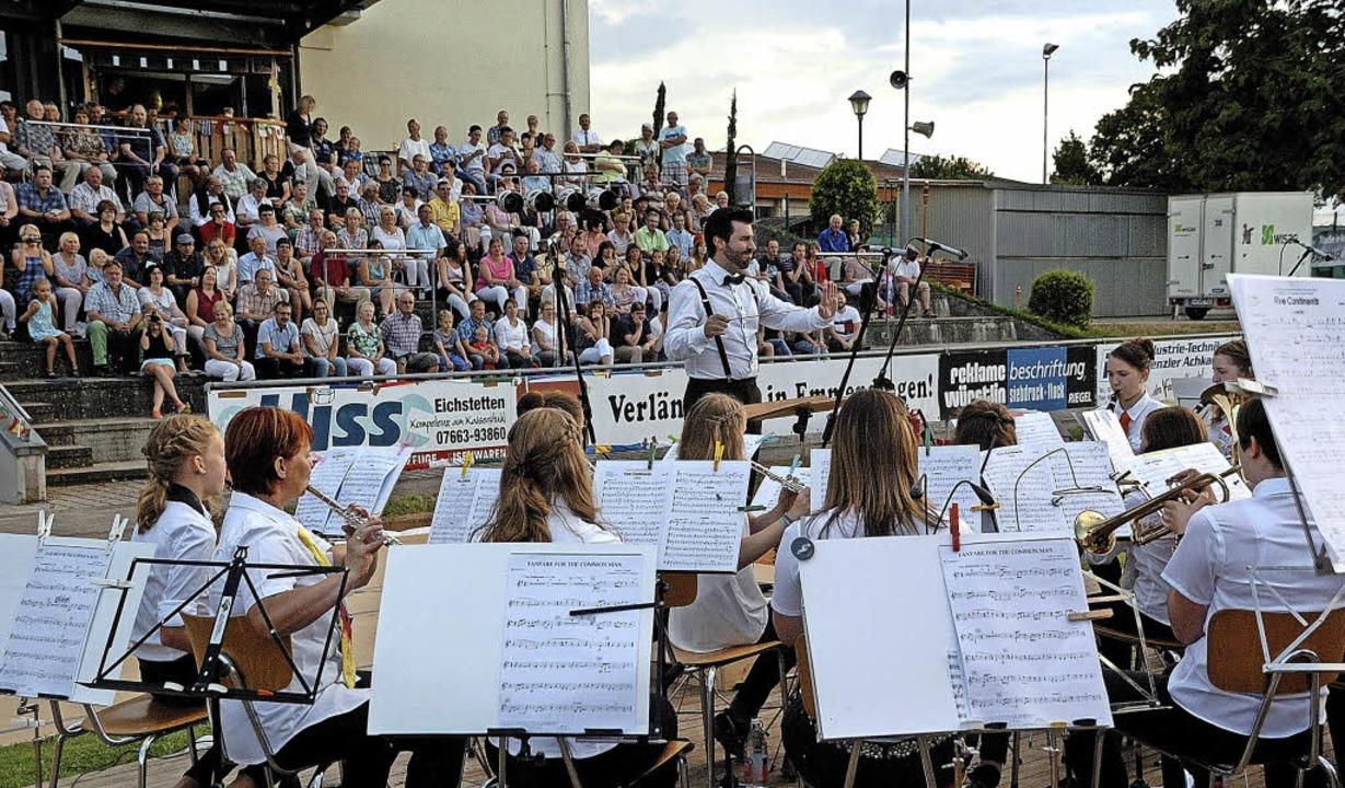 Der Musikverein Wyhl unter der Leitung... Premiere feierte das Jugendorchester.  | Foto: Jürgen Schweizer