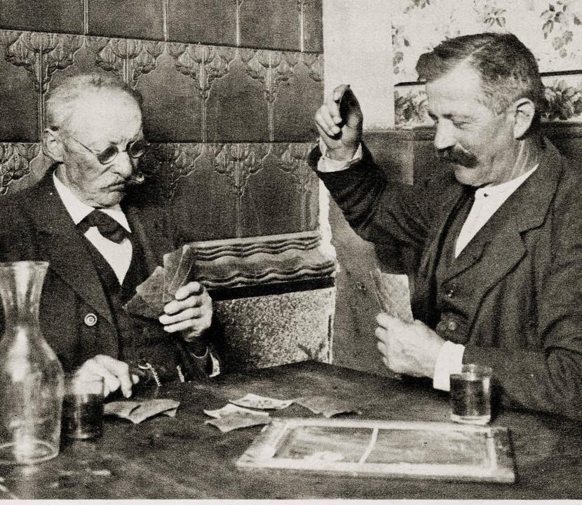 Andreas Herr und Friedrich Willaredt  ...t aus dem Bildband Alt-Ottoschwanden.     Foto: Heinrich Meier