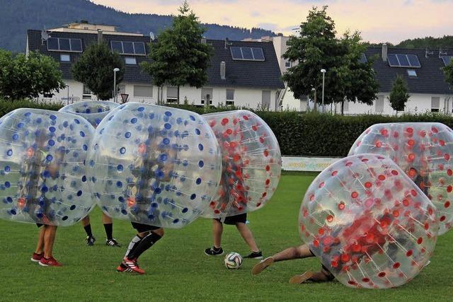 Spaß beim Bumper-Soccer-Turnier