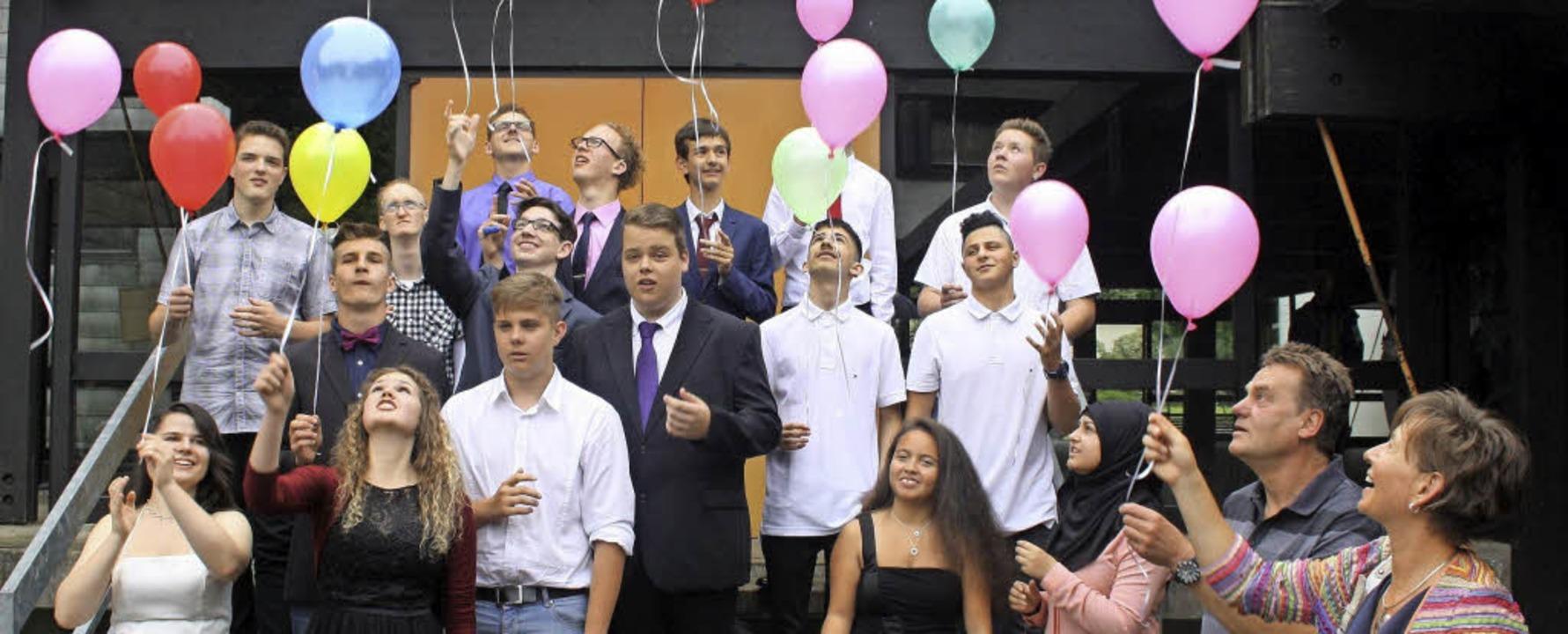 Entlassfeier Haupt- und Realschule BBZ...die Abschlussschülerinnen und -schüler    Foto: BBZ Stegen