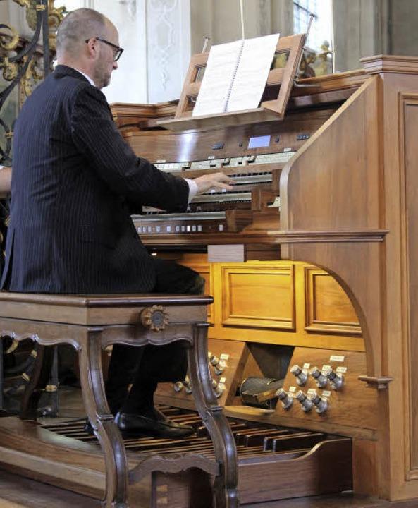 Francesco Bongiorno reizte die Möglich...Orgeln der Barockkirche  virtuos aus.   | Foto: Krieger