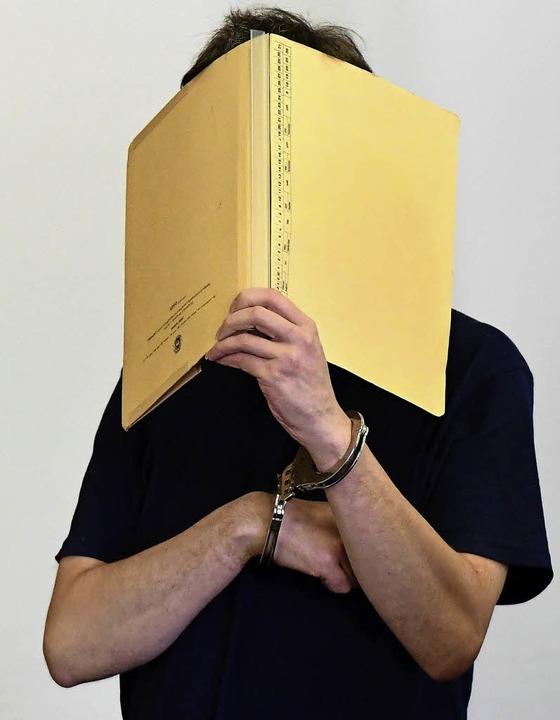 Silvio S. vor Gericht     Foto: AFP