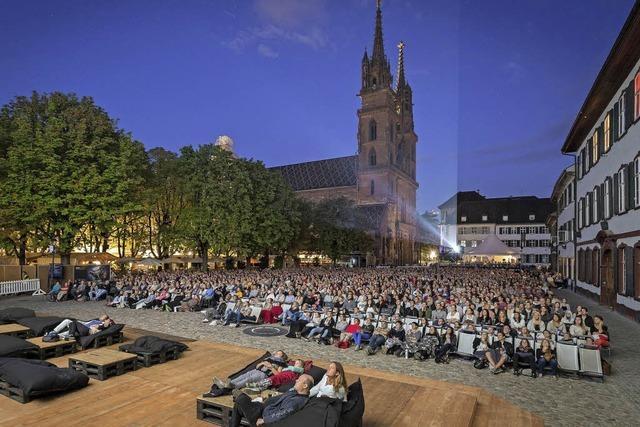 Open-Air-Kino auf dem Münsterplatz