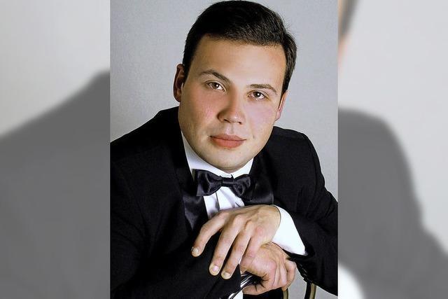 Mikhail Dantschenko spielt Beethoven und Rachmaninow