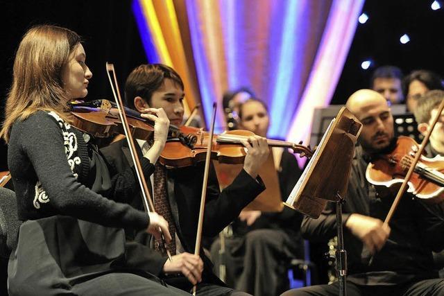 Virtuosen der Jungen Philharmonie musizieren in der Pfarrkirche