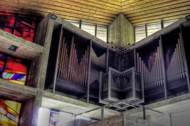 Messe, Führung mit Theo Hirschbihl, Architekt i.R. des erzbischöflichen Bauamtes, und Konzert mit Christioan Wehrle an der Klais-Orgel in Feldberg
