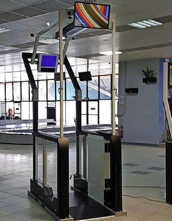 Die automatische Passkontrolle der Fir...c ist im Hafen von Piräus eingesetzt.   | Foto: Magnetic