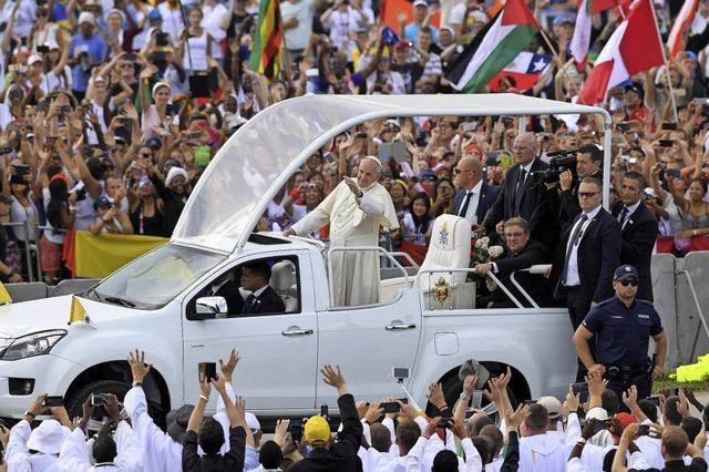 Jugend feiert den Papst beim Weltjugendtag in Krakau