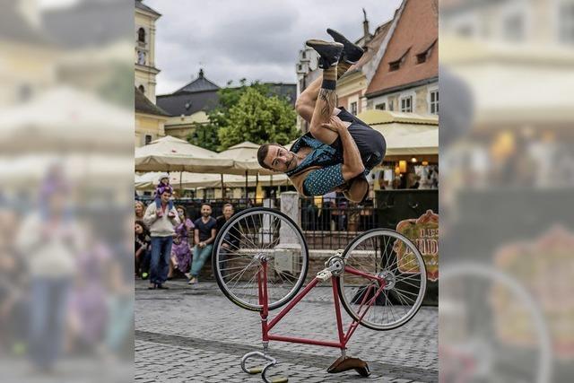DoStaunsch: Komödie, Zirkuskunst mit Les Dudes (Philippe Dreyfuss und Francis Gadbois) in Schluchsee