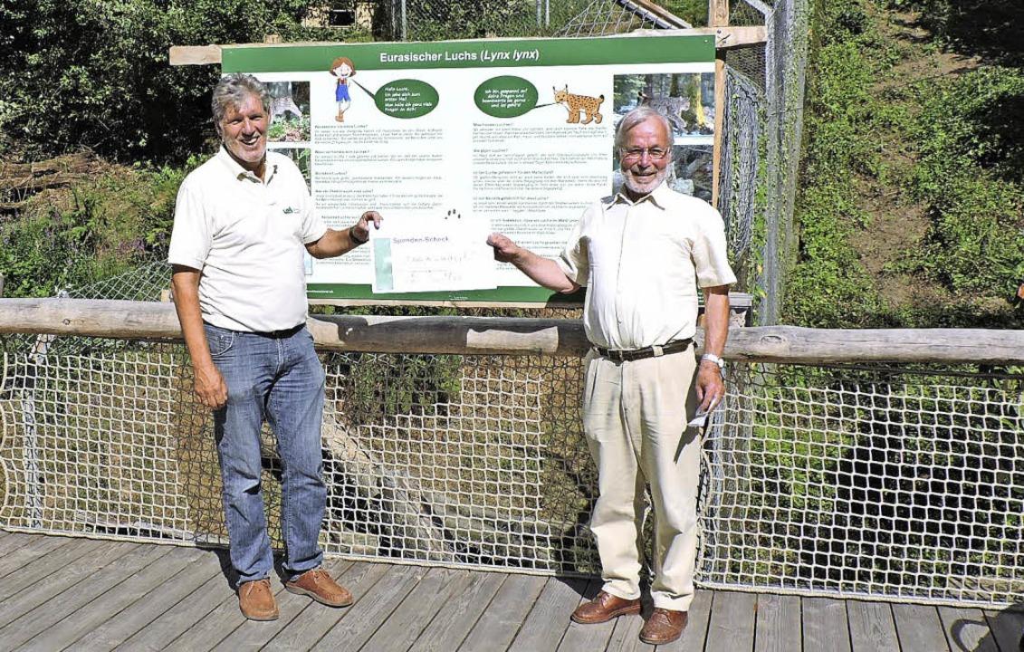 Peter Hoch (links) vom Freundeskreis S...ch deren Vorsitzenden Peter Willmann.   | Foto: Fotos: Sylvia Sredniawa