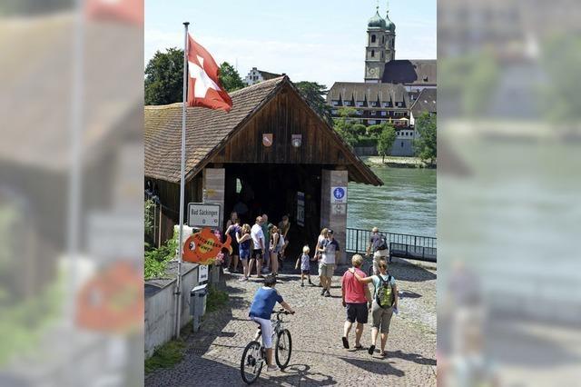 Zur Feier über den Rhein