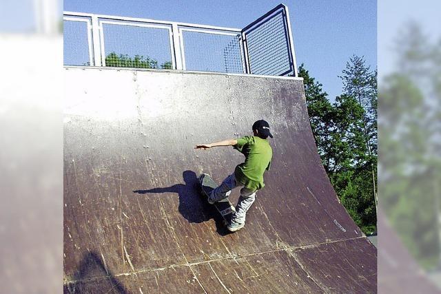 Jugendliche wünschen neue Skateranlage