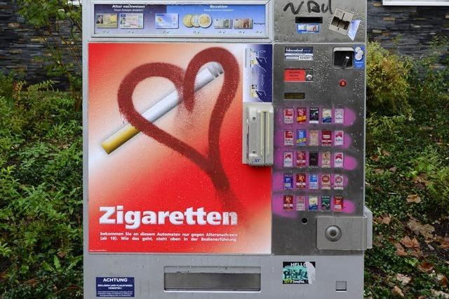 30-Jähriger knackt Zigarettenautomat und wird erwischt
