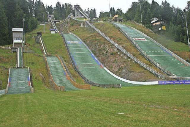 Gemeinde erhält Unterhalt für die Skisprunganlagen