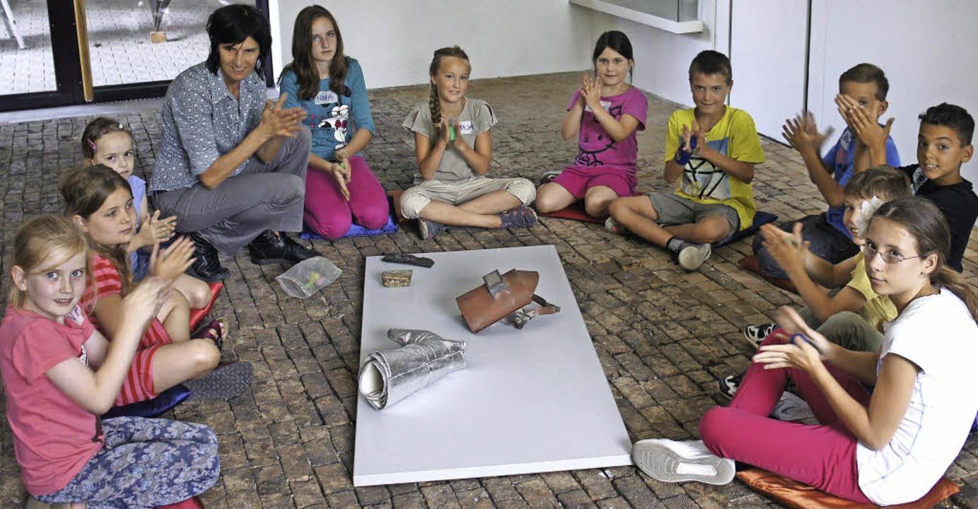 Im Rehmann-Museum waren elf Kinder  ge...rnelia Ackermann alles lernen können.   | Foto: Reinhard Herbrig