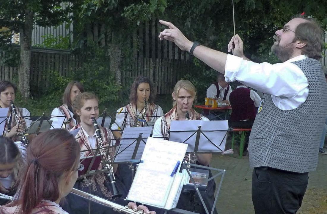 Beim Gresger Dorfhock spielte der  Musikverein Atzenbach.   | Foto: Grether
