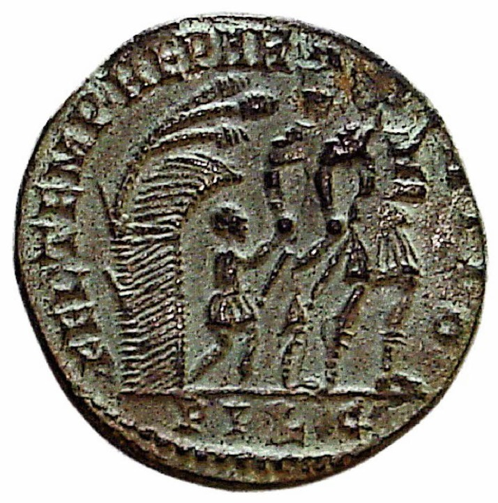Diese römische Münze fand Paul Reinle 1968 in seinem Garten.  | Foto: privat
