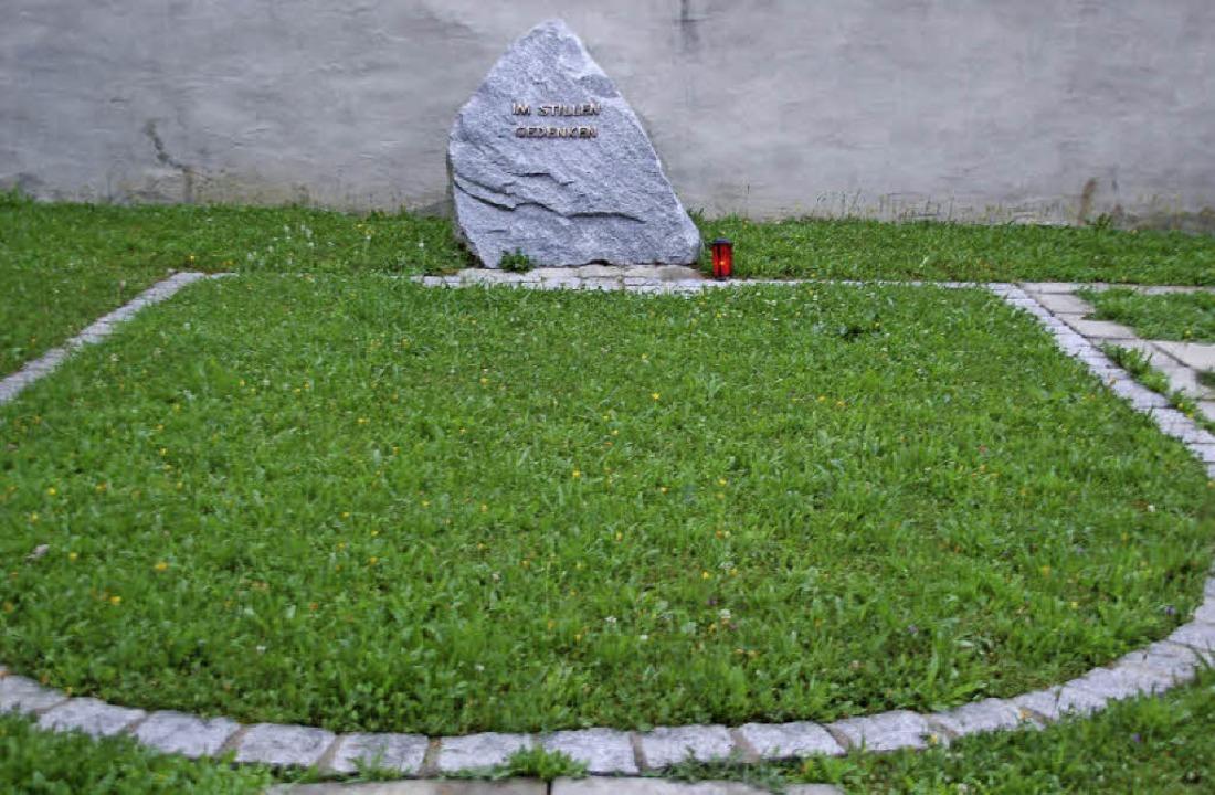 Wie anonym muss ein anonymes Gräberfel...sich der Ortschaftsrat in Dossenbach?   | Foto: Hildegard Siebold