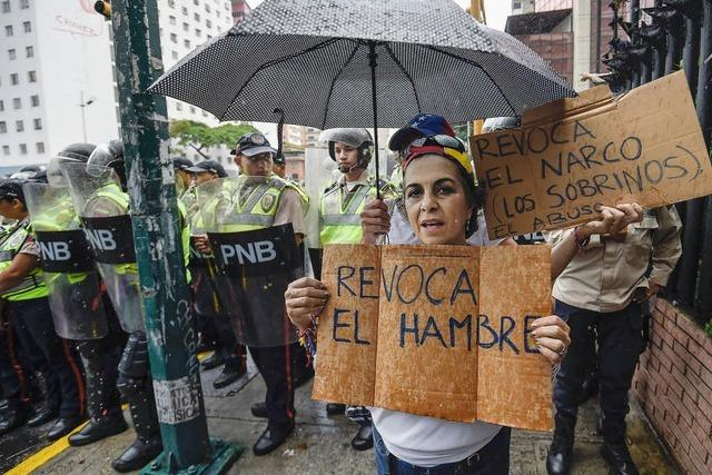 Breite Bevölkerungsschichten kämpfen in Venezuela ums Überleben