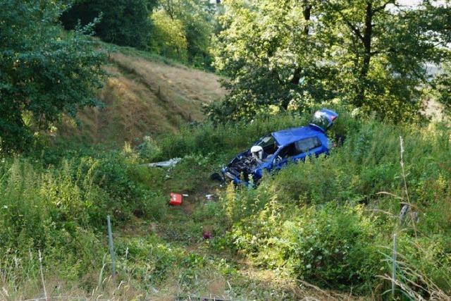 Tödlicher Verkehrsunfall auf L 140: Kameraden als Erste am Unglücksort