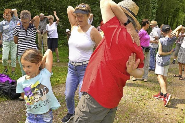 Gesundheitswanderung mit Kurt Armbruster stößt wieder auf große Resonanz