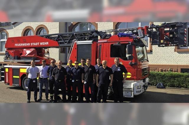 Die Feuerwehr hat eine neue Drehleiter bekommen