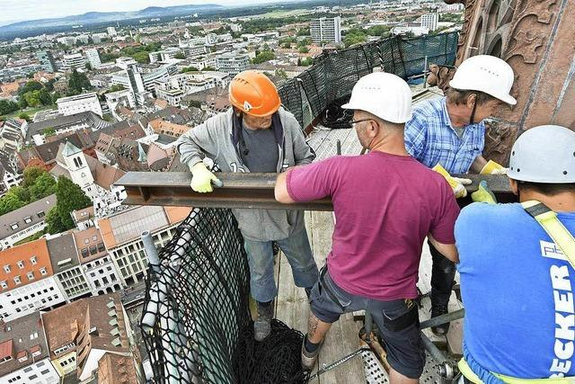 Freiburgs höchste Baustelle: So wird das Münsterturm-Gerüst abgebaut