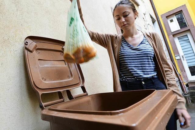 Freiburger Abfallwirtschaft rät von kompostierbaren Biomüllbeuteln ab