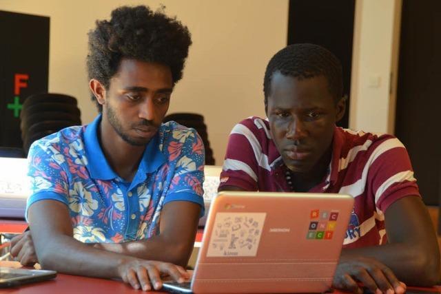 Flüchtlinge bekommen in Brombach Studium-Starthilfe