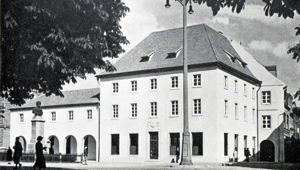 Das neue Verkehrsamtsgebäude von Südwe...n OB Franz Kerber, 1937 (Repro: Autor)  | Foto: Kalch