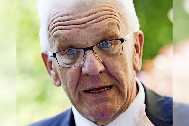 Kretschmann verteidigt seine Geheimabsprachen