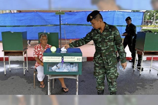 Zwei Drittel stimmen für Entwurf der Militärjunta