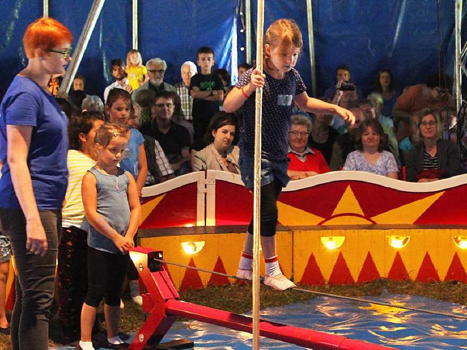 Die Show war die Krönung der  intensiven  Zirkuswoche.      Foto: Anja Bertsch