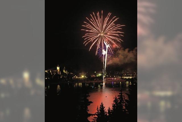 Mit Feuerwerk in Titisee-Neustadt