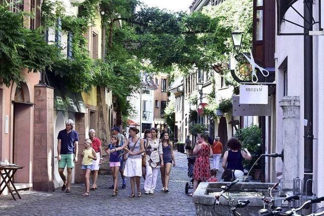 Warum stehen in der Konviktstraße so viele Geschäfte leer?