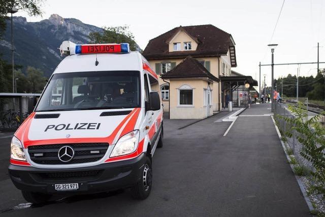 34-Jährige und Tatverdächtiger sterben nach Attacke in Zug