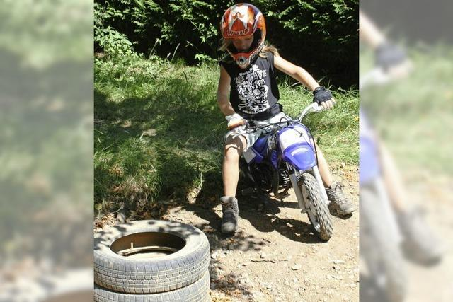 Runden drehen auf Maschinen und BMX-Rädern