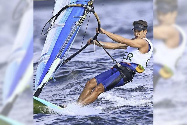 Toni Wilhelm surft an einer Medaille vorbei