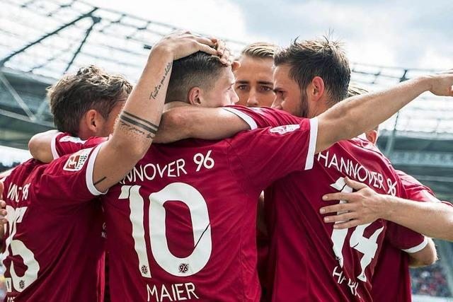 Hannover besiegt Fürth und legt Traumstart hin