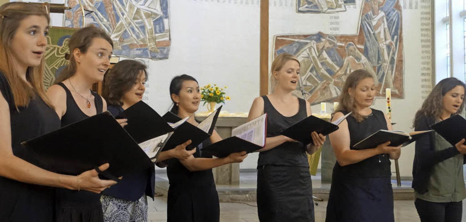 Die Basler Madrigalisten widmeten sich...ler Musik aus mehreren Jahrhunderten.   | Foto: Roswitha Frey