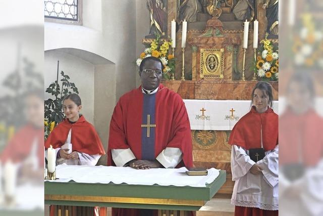 Linus Ibekwe feiert Priesterjubiläum