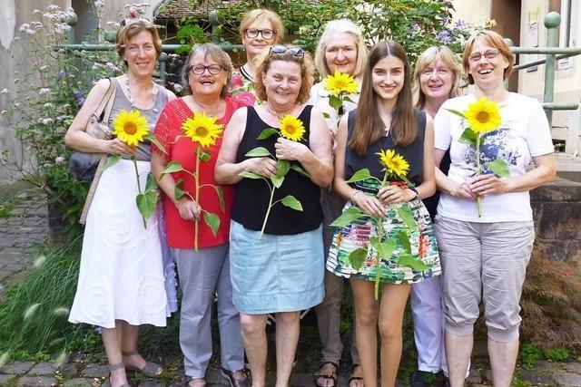 Ehrenamtliche helfen Lahrer Grundschülern im Fach Deutsch